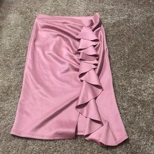 Pink ruffled pencil skirt💗